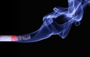 Rangka Karangan: Kesan- kesan tabiat merokok